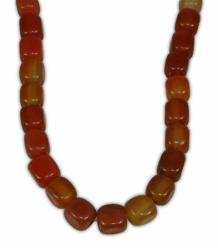AGATE CARNELIAN SQUARE 10mm WITH 2,5mm HOLE