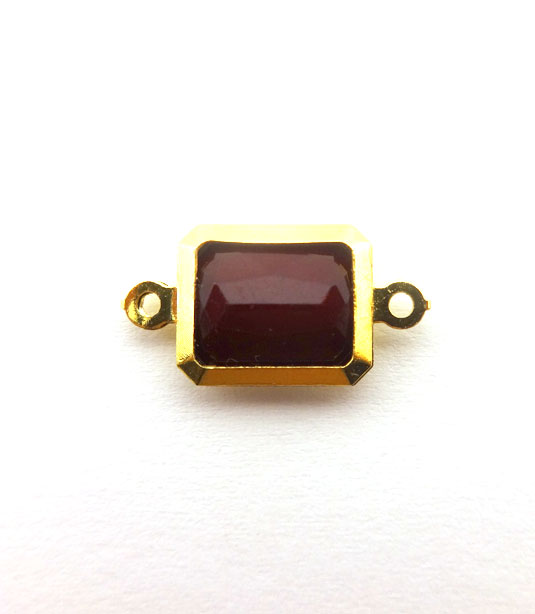 RECTANGLE BURGUNDY COLOR WITH GOLD PLATED FRAME 19x10mm