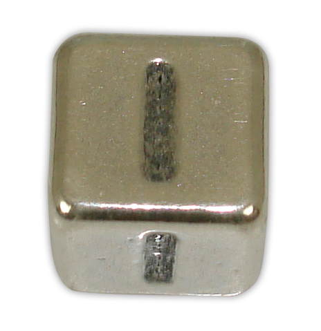 SILVER 925° CUBE WITH GREEK LETTER ''I'' STRAINED 10x10mm