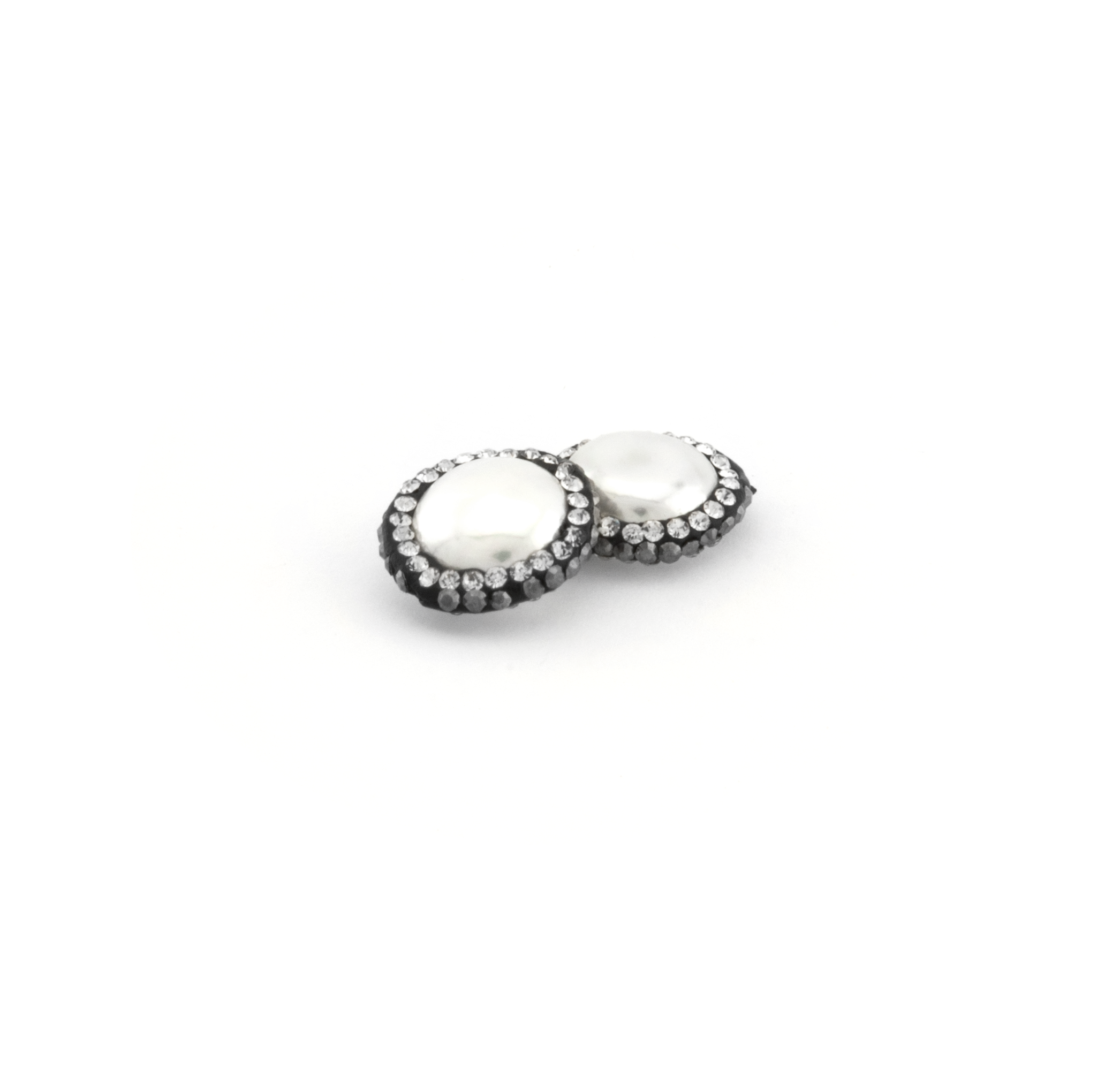 FRESH WATER PEARL WITH STRASS 17mm
