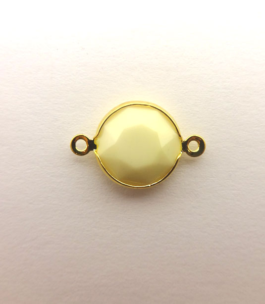 ROUND CREAM COLOR WITH GOLD PLATED FRAME 20x12mm